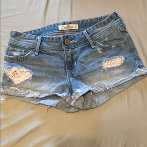 Hollister Jean Shorts w/lace (size 0)
